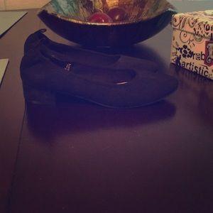 NWB 2inch block black heels size 9.5
